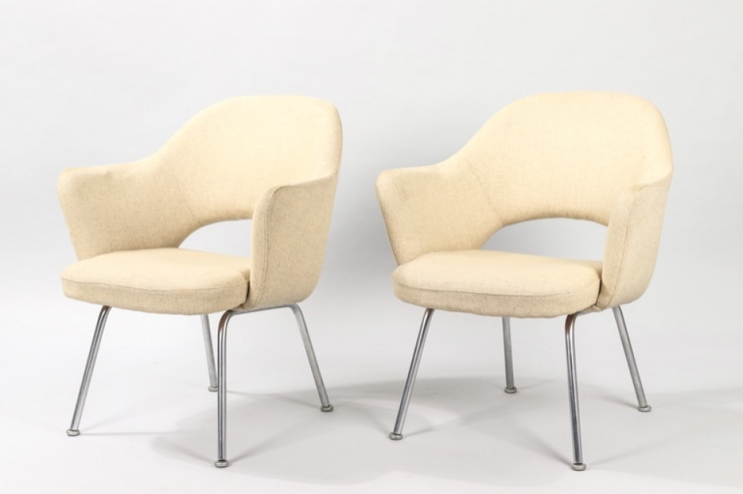 Set Of Two Knoll Internationl Series 71 // Eero Saarinen