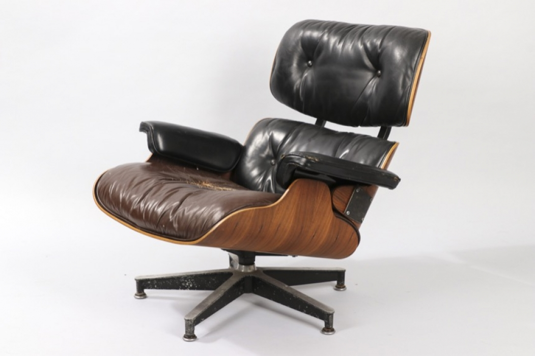 Lounge Chair Herman Miller USA // Charles and Ray Eames