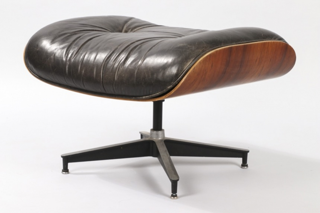 Lounge Chair Ottoman Herman Miller USA // Charles and Ray Eames