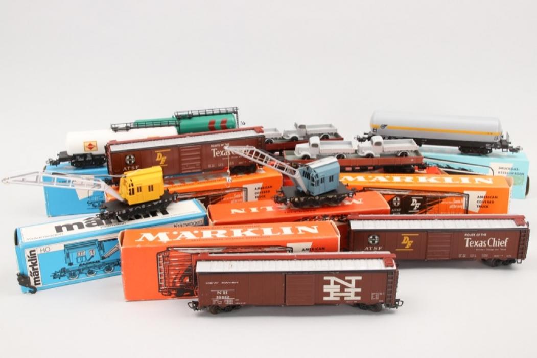 Märklin - Konvolut Güterwagen und Anhänger