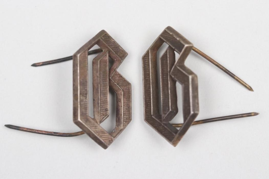 "SS-Verfügungstruppe  ""Germania"" shoulder board cyphers"