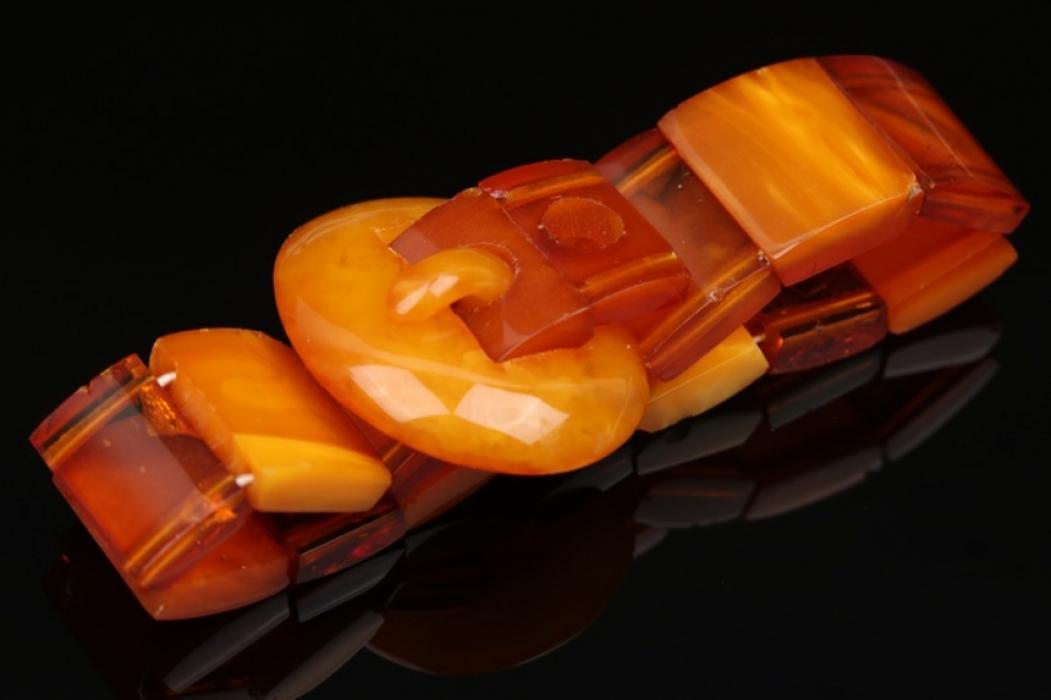 Gürtelförmiges Bernsteinarmband