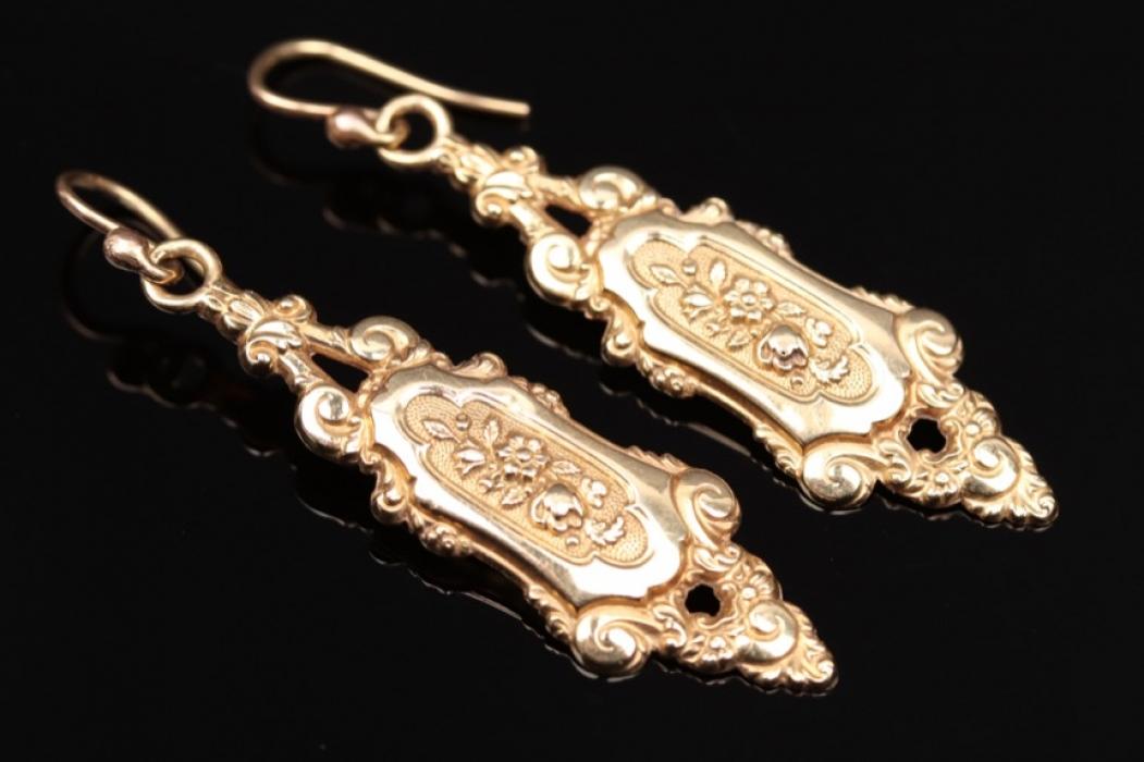Antike goldene Ohrhänger
