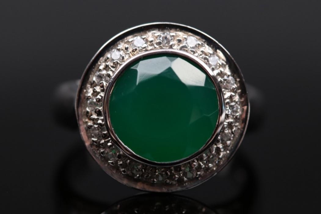Silberring mit grünem Chalzedon