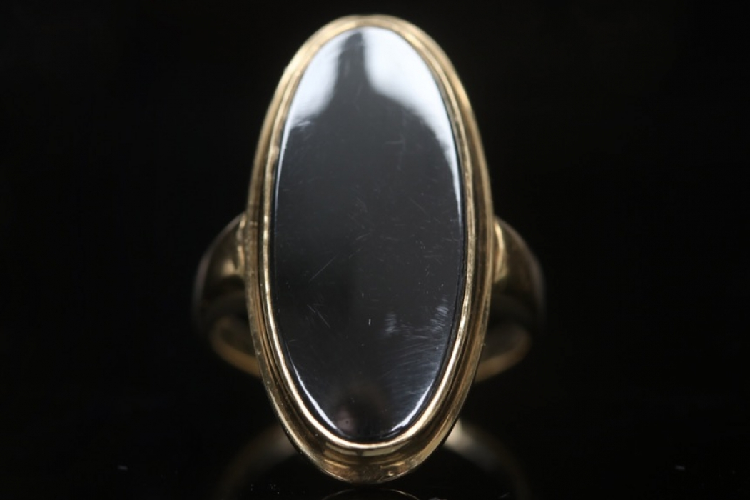 Golden Ring with large hematite