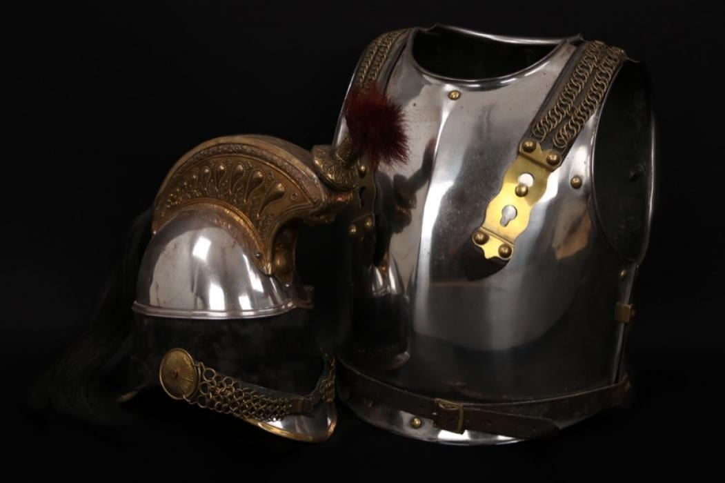 France - Garde Dragon helmet & armour