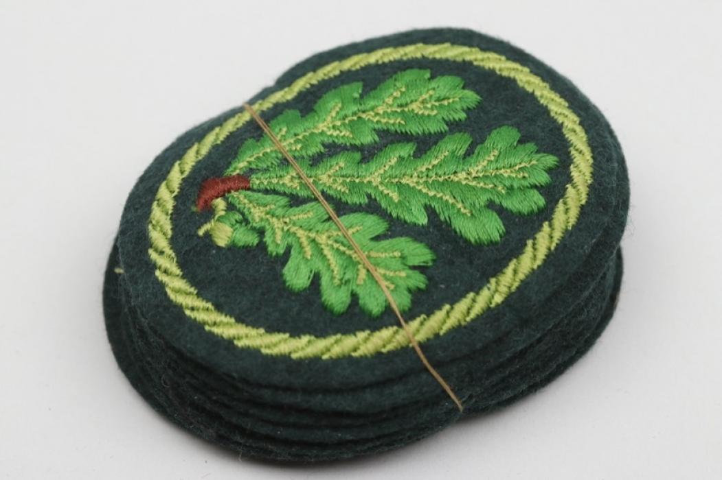 10 + Heer Jäger sleeve badges
