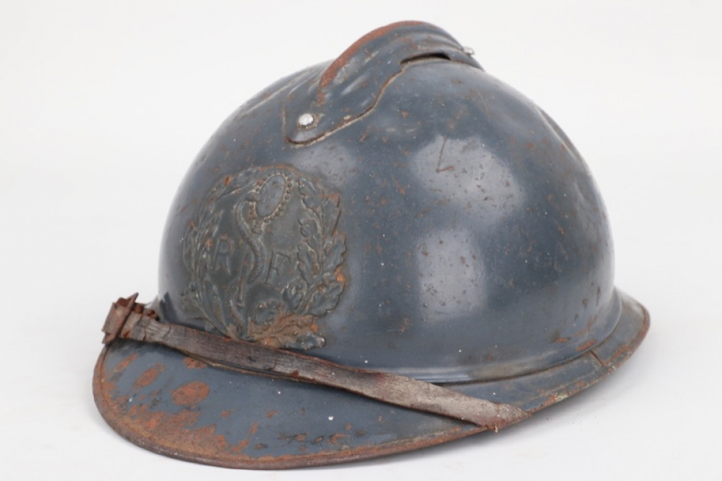 France - M1915 Adrian helmet for medical troops
