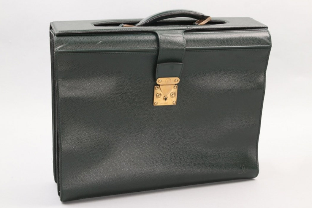 Louis Vuitton - Green Taiga Leather Robusto briefcase bag