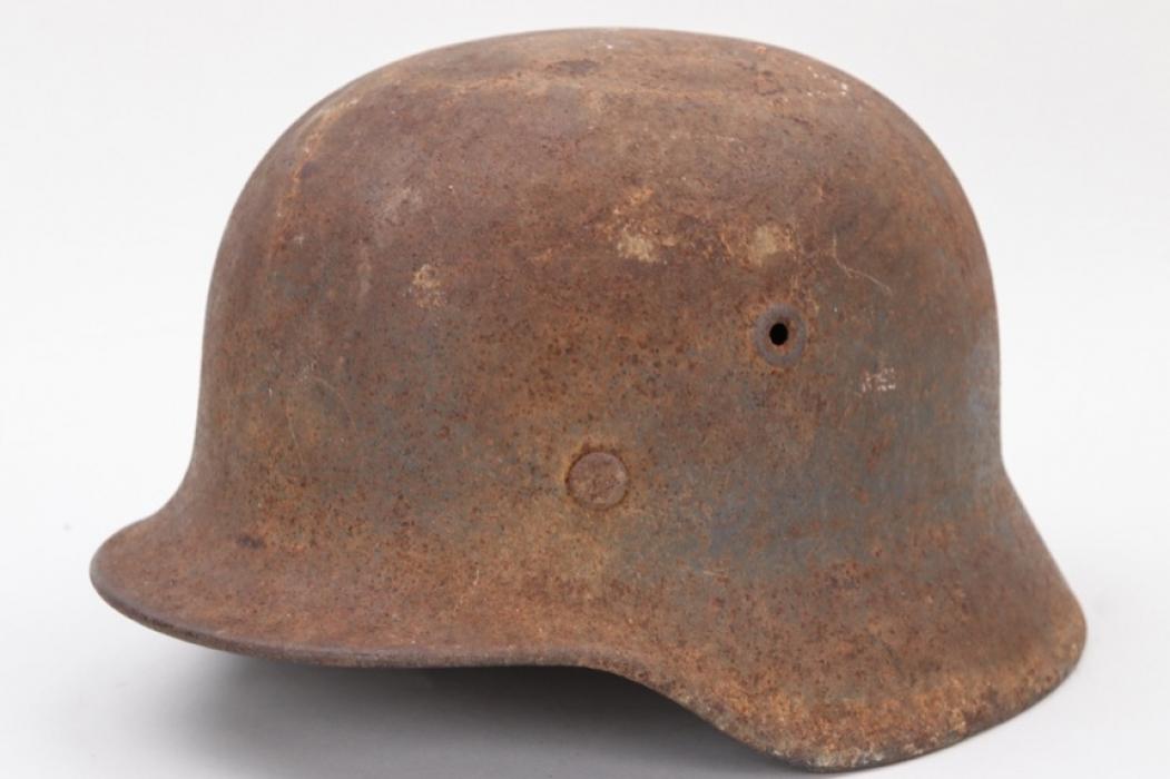 Wehrmacht M40 helmet - barn find (Q62)