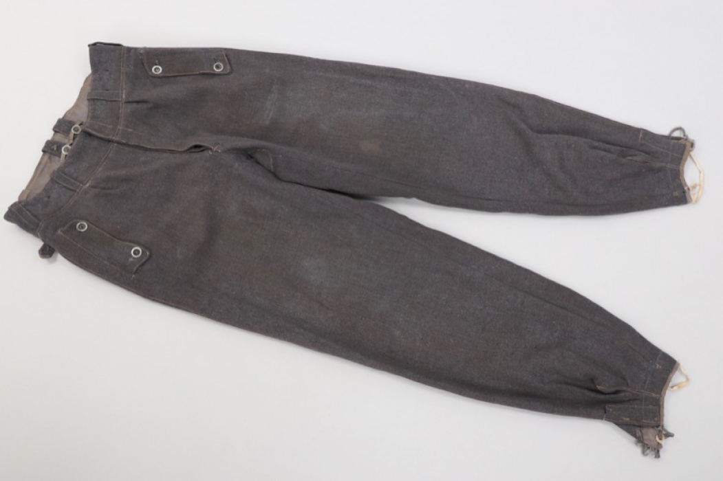 Luftwaffe M44 field trousers