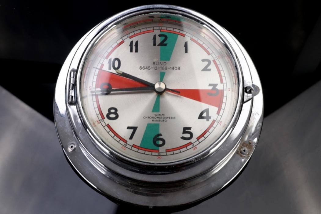 Wempe - Bundeswehr Quartz ship clock around 1980