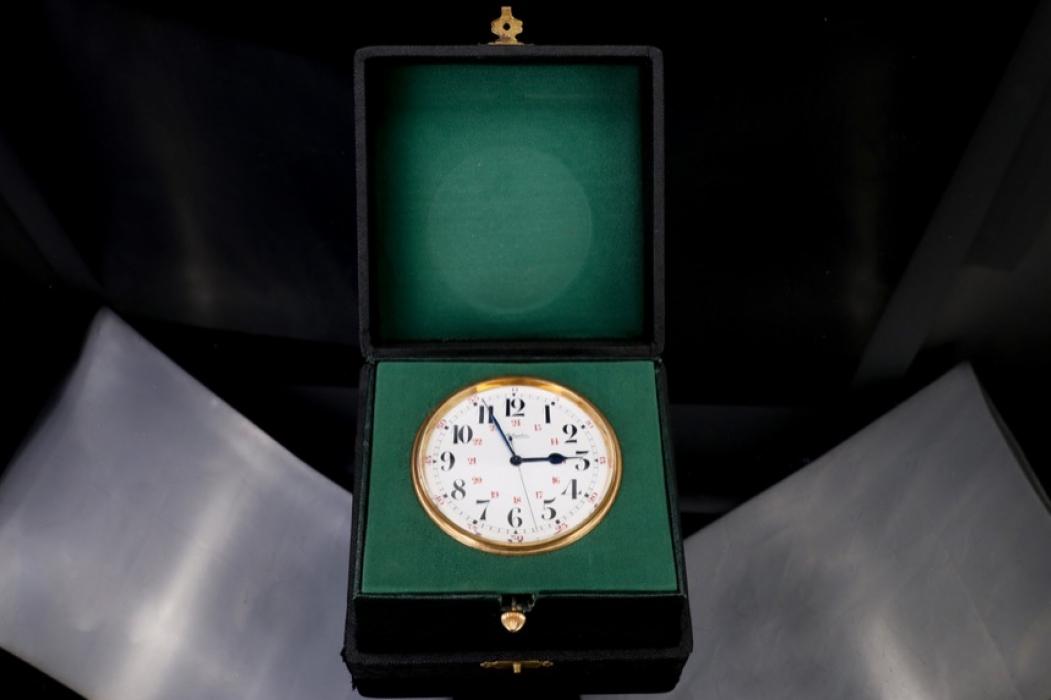 Atlantic -  8-Day display clock