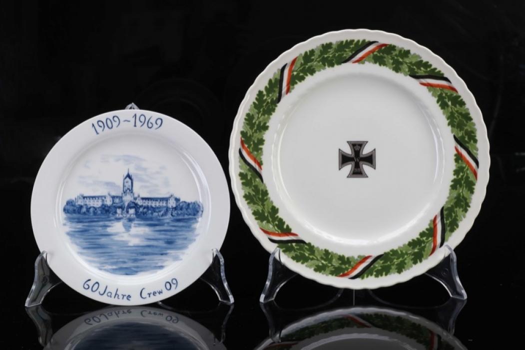 Fischer, Waldemar v. - 2 wall plates