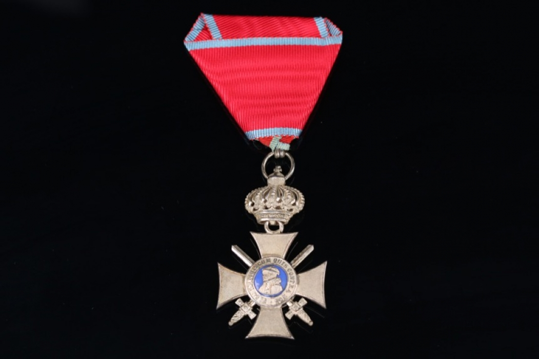 Hesse-Darmstadt - Order of Philip the Magnanimous Silver Cross with swords and Crown
