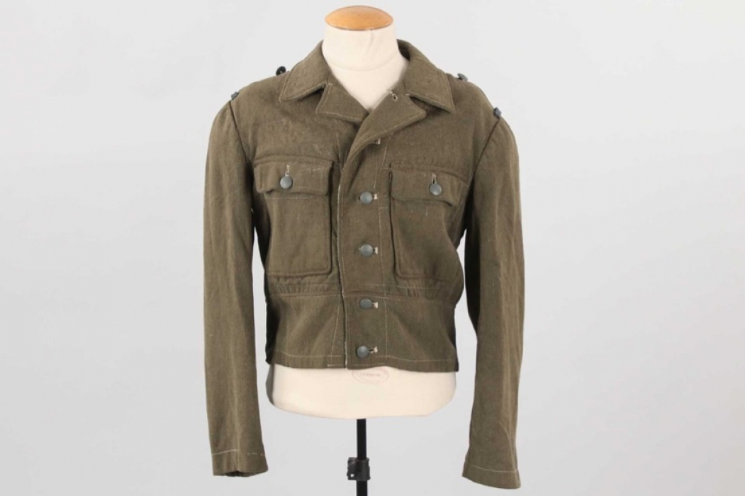 Heer M44 field tunic - removed insignia