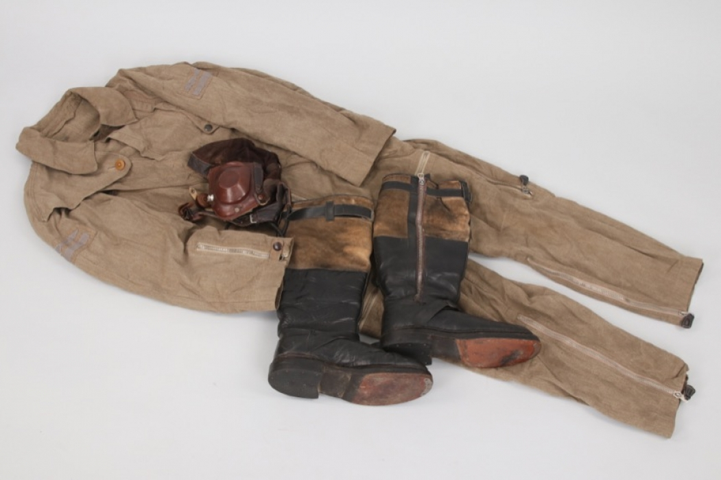 Luftwaffe flight suit, helmet and boots for a Leutnant