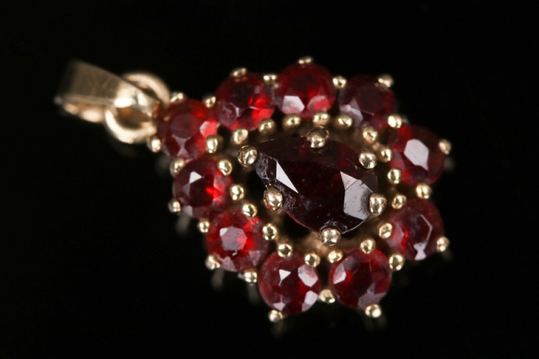 Pear cut red garnet pendant