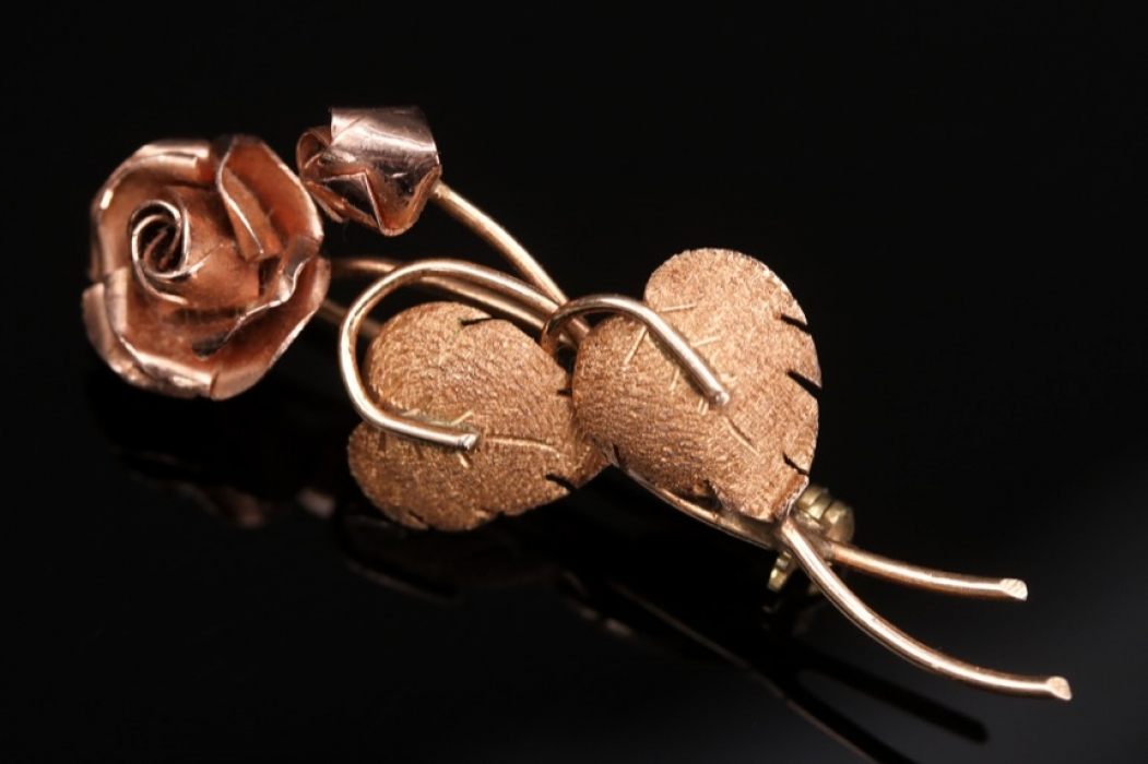 Rose-brooch