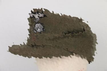 Waffen-SS M43 field cap for an officer