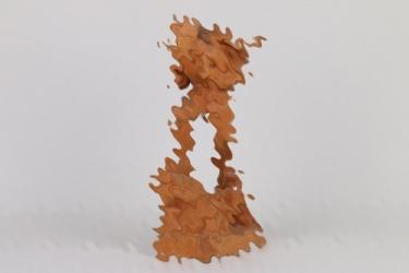 Wehrmacht carved Gebirgsjäger figure - 1