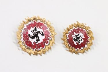 Erbersdobler - NSDAP Golden Party Badges