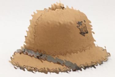 Kriegsmarine pith helmet