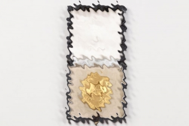 Lt. Vögerl - Wound Badge in gold in case