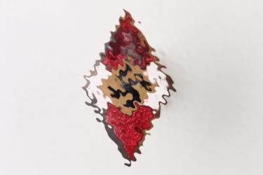 HJ enamel knife badge - M1/15