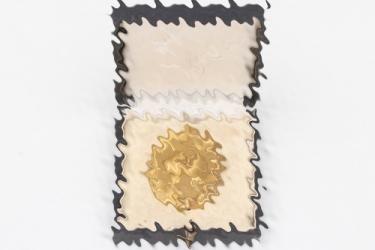 Wound Badge in gold in case - Hauptmünzamt Wien