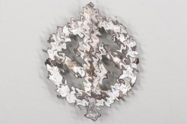 SA Sports Badge in silver - REDO