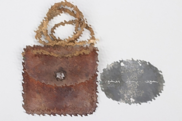 Luftwaffe Fallschirmjäger ID tag with leather pouch