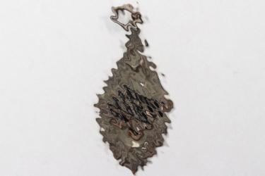 Third Reich swastika ladies necklace pendant
