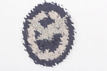 Luftwaffe embroidered Air Gunner Badge without lightnings