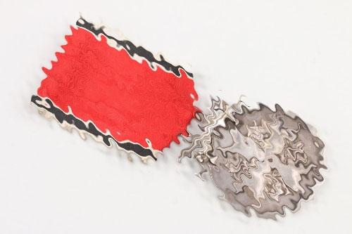 Medal to German Eagle Order with swords