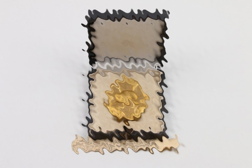 Wound Badge in gold (30) in case to Uffz.Kugler