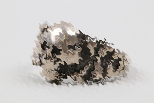 Third Reich skull ring - 830 silver