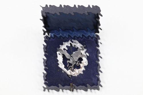 Luftwaffe Radio Gunner Badge in case - Aluminium