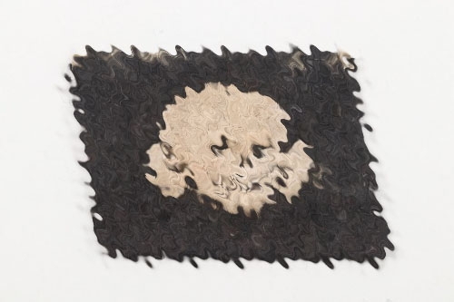 "Waffen-SS ""Totenkopf"" single collar tab"