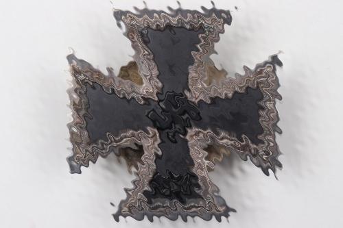 1939 Iron Cross 1st Class on screw-back