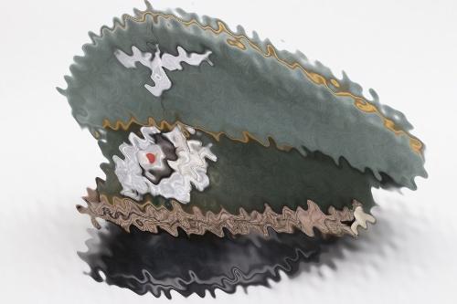 Heer Kavallerie officer's visor cap - EREL