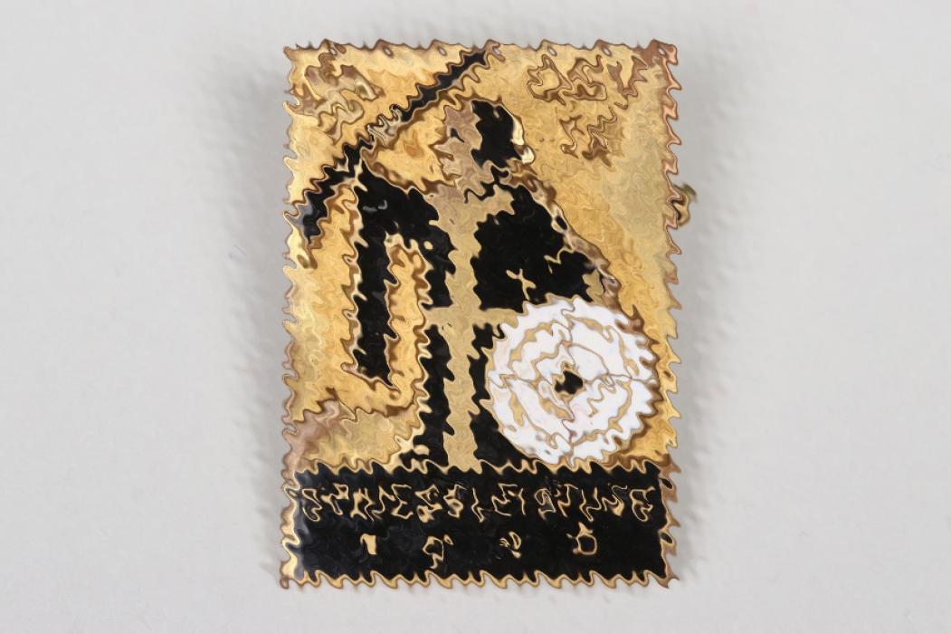 1936 Third Reich DSV enamel shooting badge