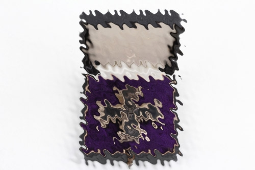 1914 Iron Cross 1st Class (Deumer) in case